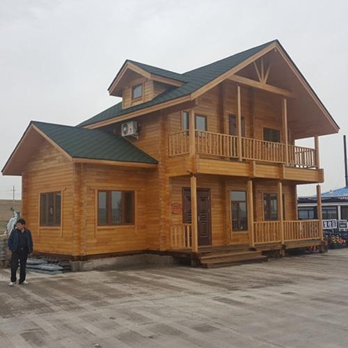 内蒙高速重型木屋